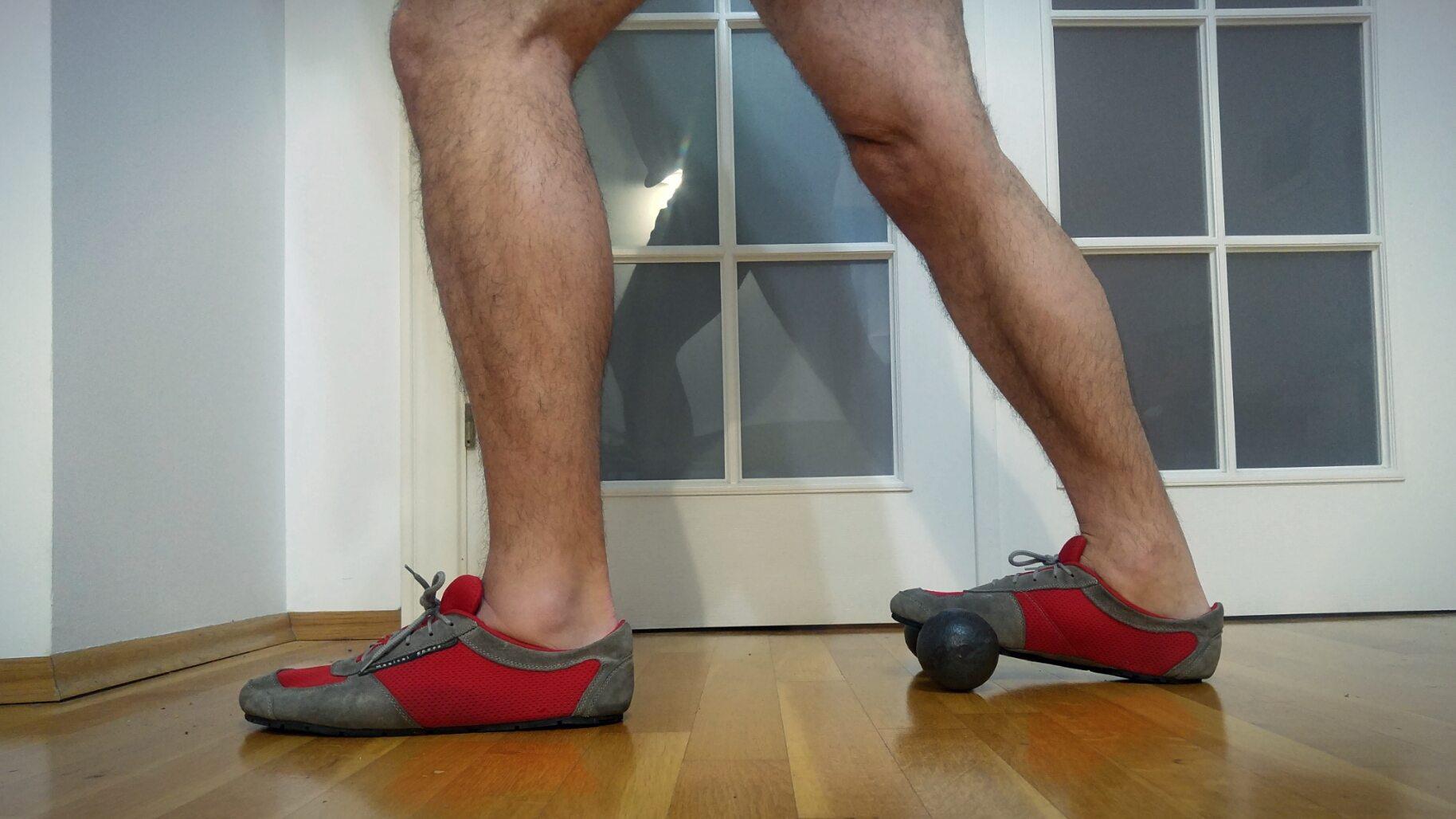 Buty minimalistyczne - rozciąganie łydek