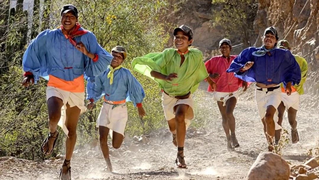 Bieganie naturalne - Tarahumara (źródło: YT)
