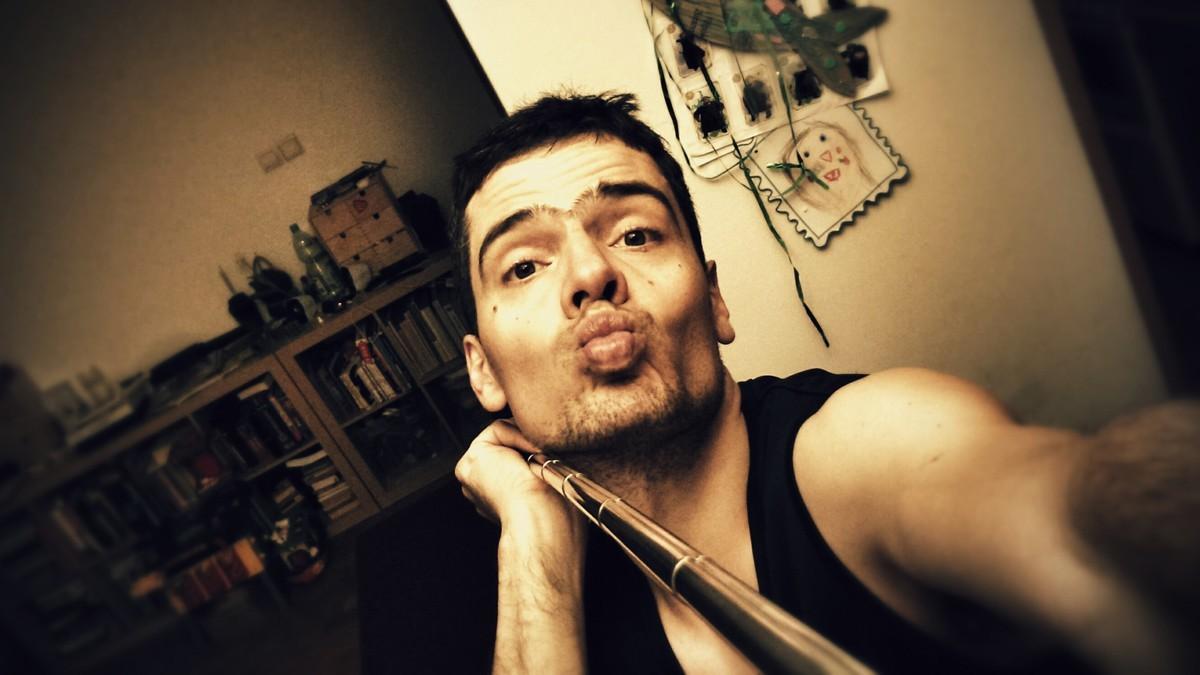 100hrmax.pl - selfie