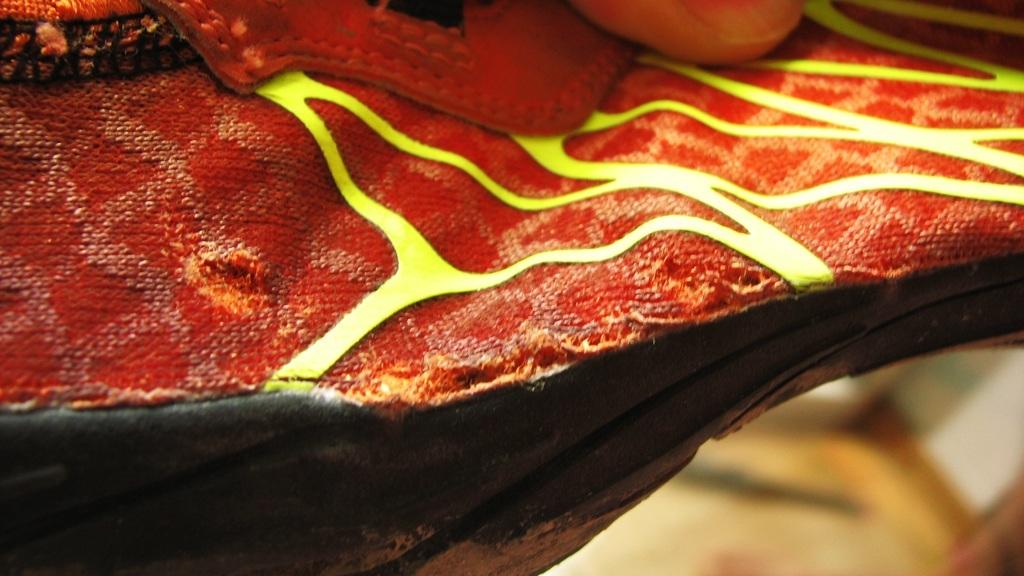 Skechers GOBioic Trail - zniszczenie buta